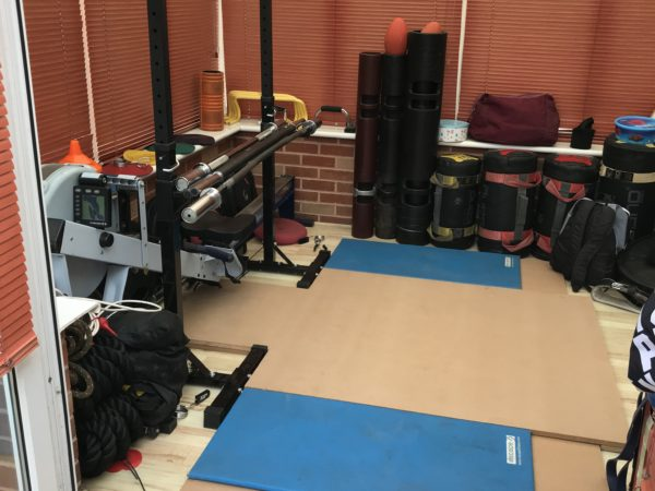 How To Build Your Own Garage/Home Gym In just a 8 foot by 8 foot square.